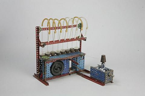 Zdroj střídavého proudu